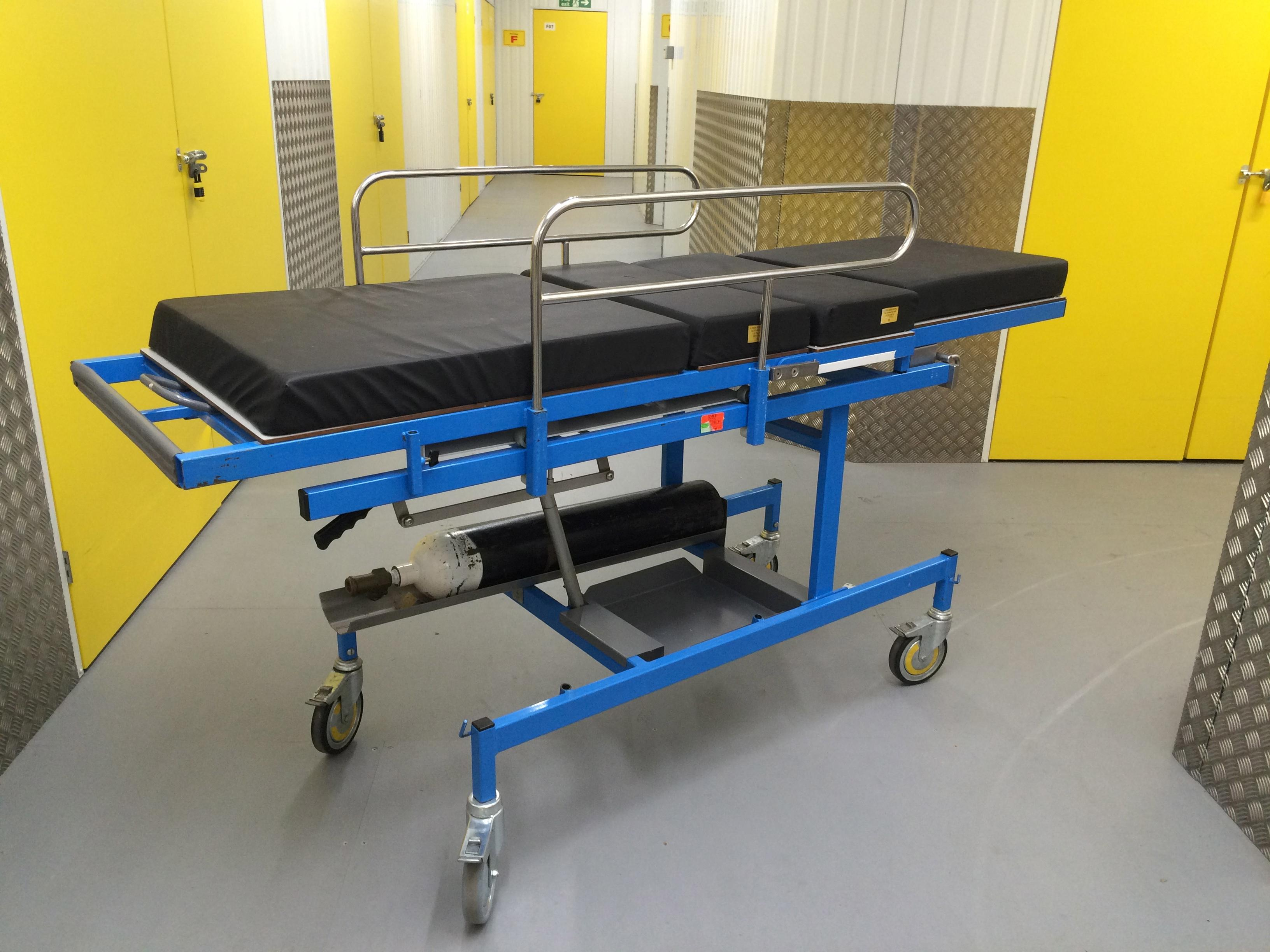 Day Surgery Trolley 1